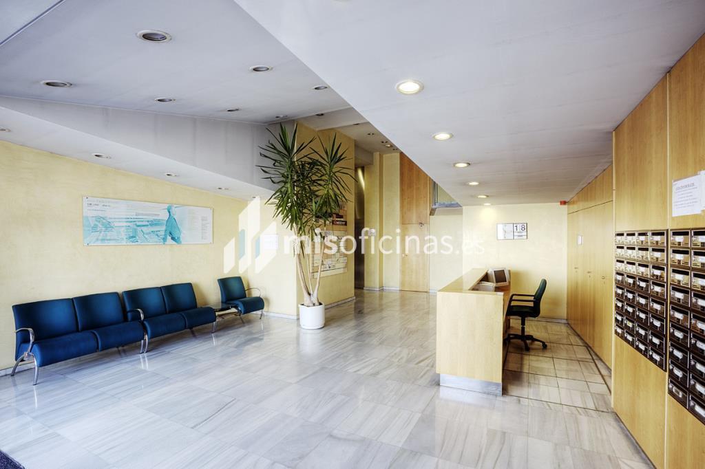 Alquiler de oficina en calderi santa perp tua de mogoda for Oficinas de dhl en barcelona