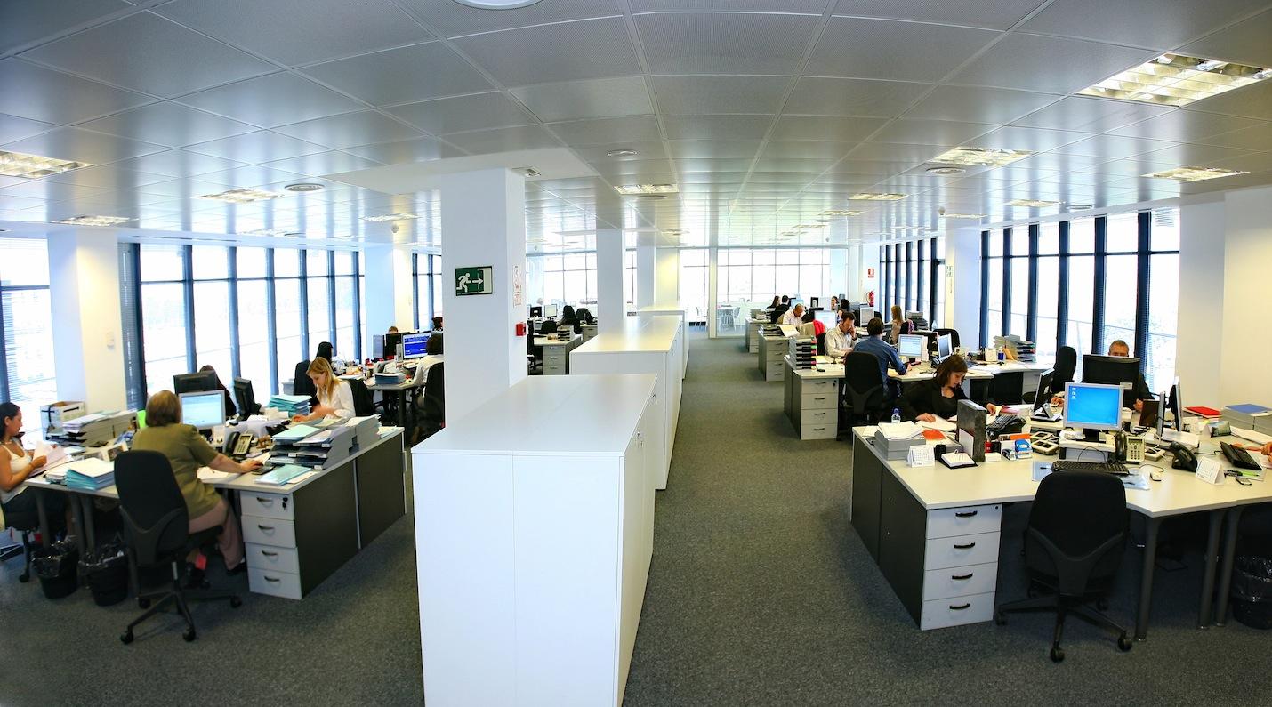 Noticias oficinas la falta de inmuebles de oficinas for Oficinas barcelona