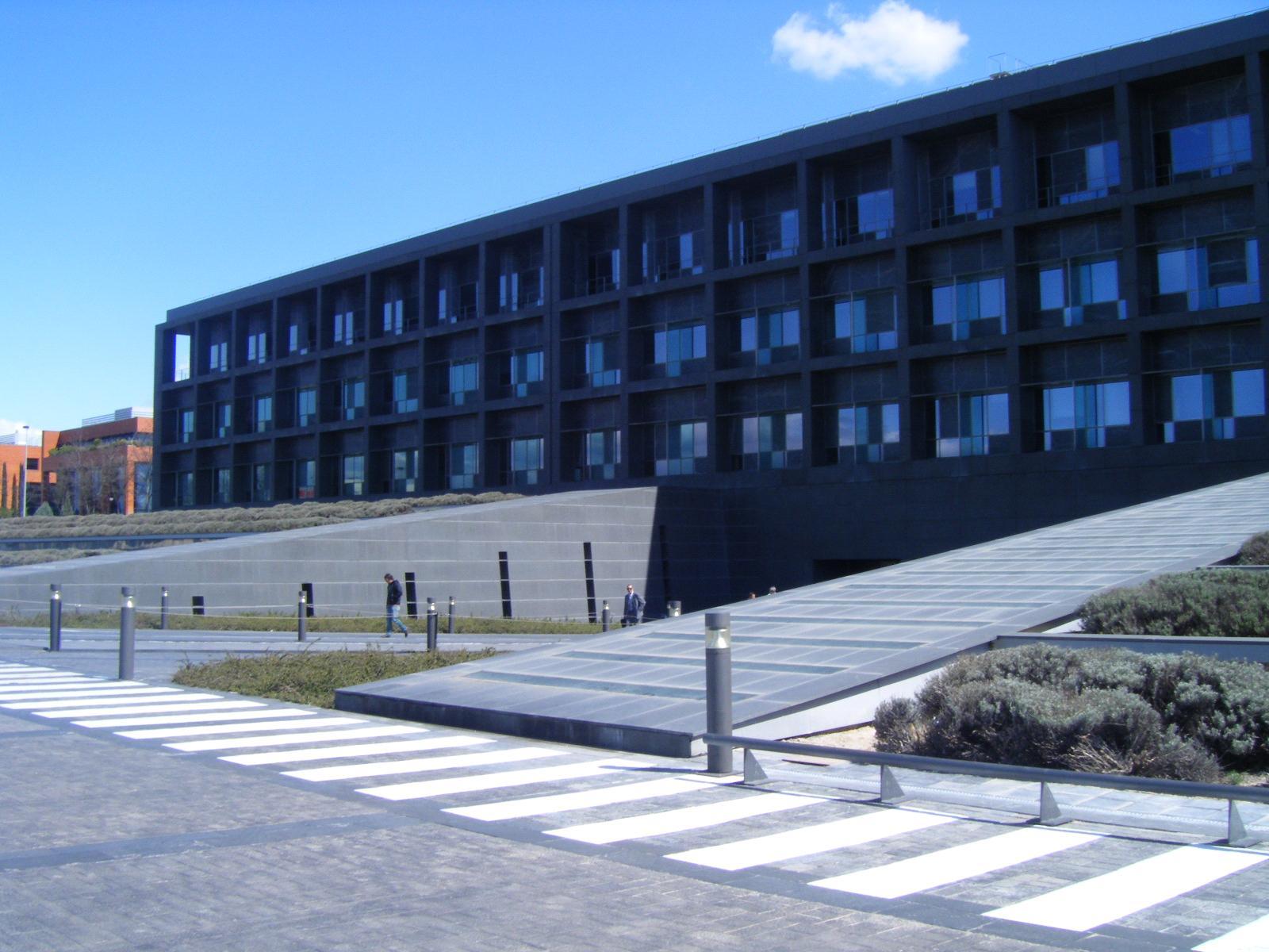 noticias oficinas bankia compra un edificio de oficinas